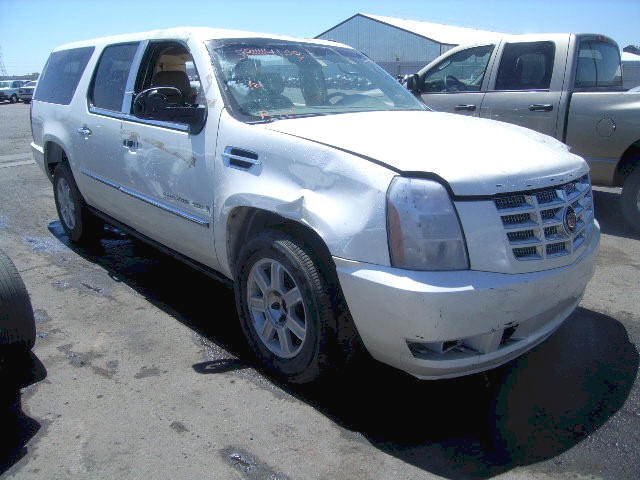 Benefit to buying repairable salvage cars, trucks and ...